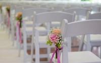 stoelen ceremonie cut